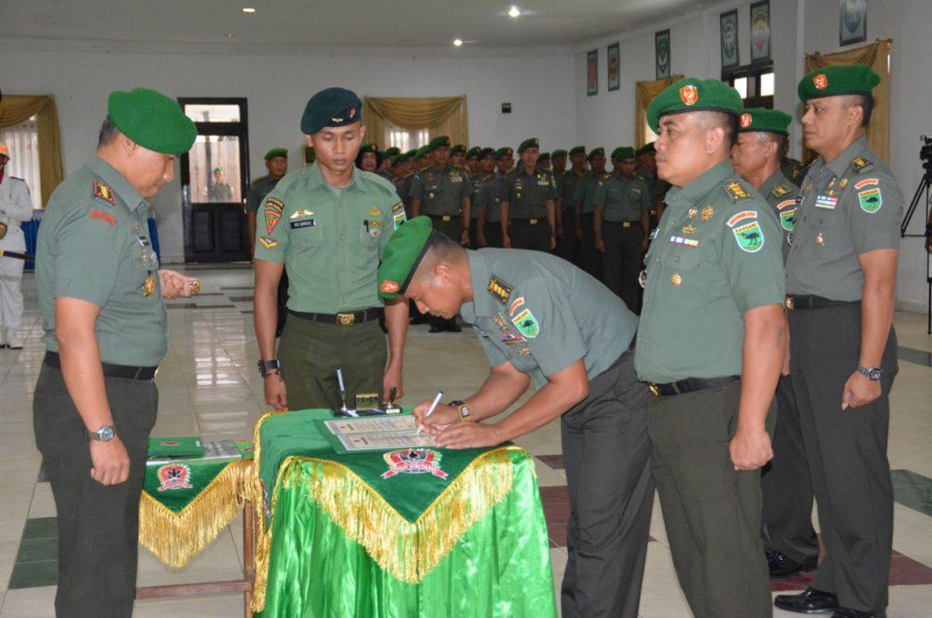 Serah terima jabatan di Korem 171/PVT