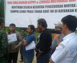 Pemalangan Marga Banlol Terhadap JOB Pertamina Salawati. Dok/red