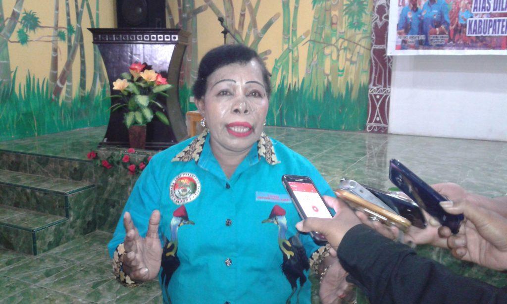 Ketua LAPEPA Provinsi Papua Barat, Adoleina D. Kondologit. Dok/red