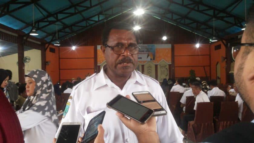 Kepala Dinas Pendidikan dan Kebudayaan Kabupaten Sorong, Kepas Kalasuat. Dok/red