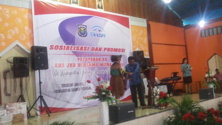 Wakil Bupati Sorong, Suko Harjono saat membuka kegiatan. dok/red