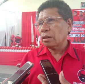 Sekretaris DPD PDIP Provinsi Papua, Calvin Mansnembra. dok/red