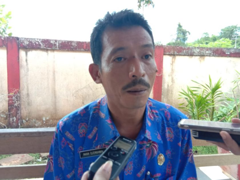 Plt. Dinas Kelautan dan perikanan Provinsi Papua, Iman Djuniawal. Dok/red