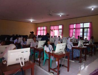 Pasilitas Pendukung UNBK di SMA II Kabupaten Sorong Komputer Tidak Terhubung Ke Internet