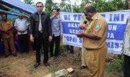 Bupati Sorong Lakukan Peletakan Batu Pertama Pembangunan Gedung Gereja GPdI Malawele Sebagai Bentuk Pelayanan Pemerintah Terhadap Masyarakat