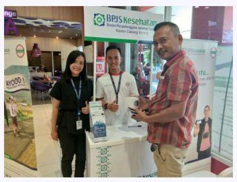 Stand Booth BPJS Kesehatan di salah satu pusat perbelanjaan di Kota Sorong. Dok. Ind/red