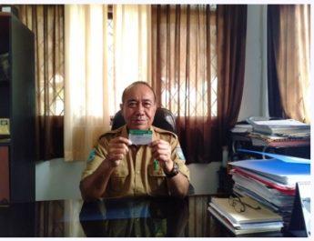 Kepala Dinas Kependudukan dan Pencatatan Sipil Kabupaten Sorong, Olden Macpal. dok. ind/red