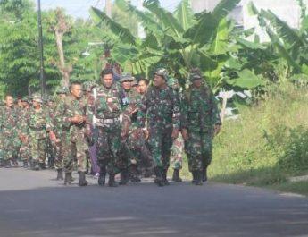 Ratusan Prajurit Kodim Pati Gelar Hanmars Jelajah Bukit Sukolilo